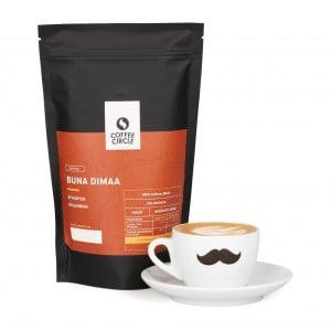 Buna Dimaa Kaffee mit Tasse